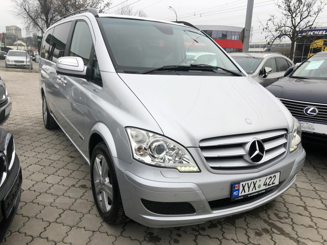 "<span style=""font-weight: bold;"">mercedes viano</span>"