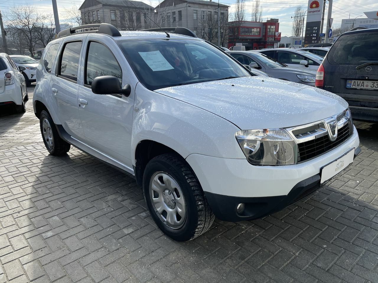 "<span style=""font-weight: 700;"">dacia duster 4x4</span>"