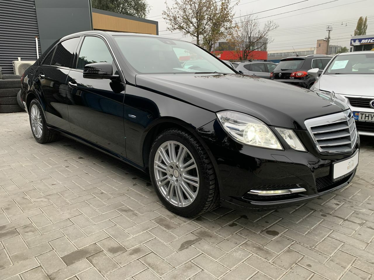 "<span style=""font-weight: bold;"">Mercedes e Class</span>"