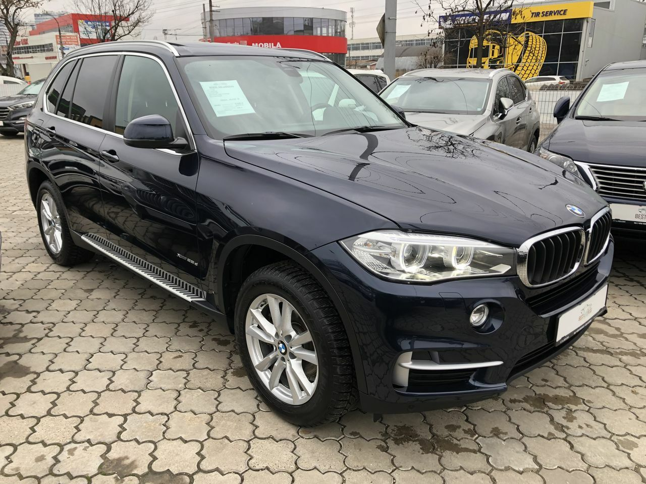 "<span style=""font-weight: 700;"">BMW X5</span>"