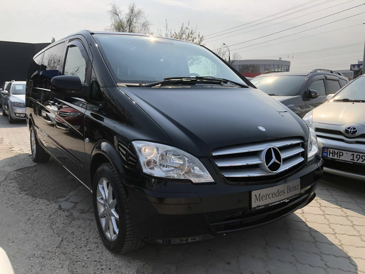 "<span style=""font-weight: bold;"">mercedes vito</span>"