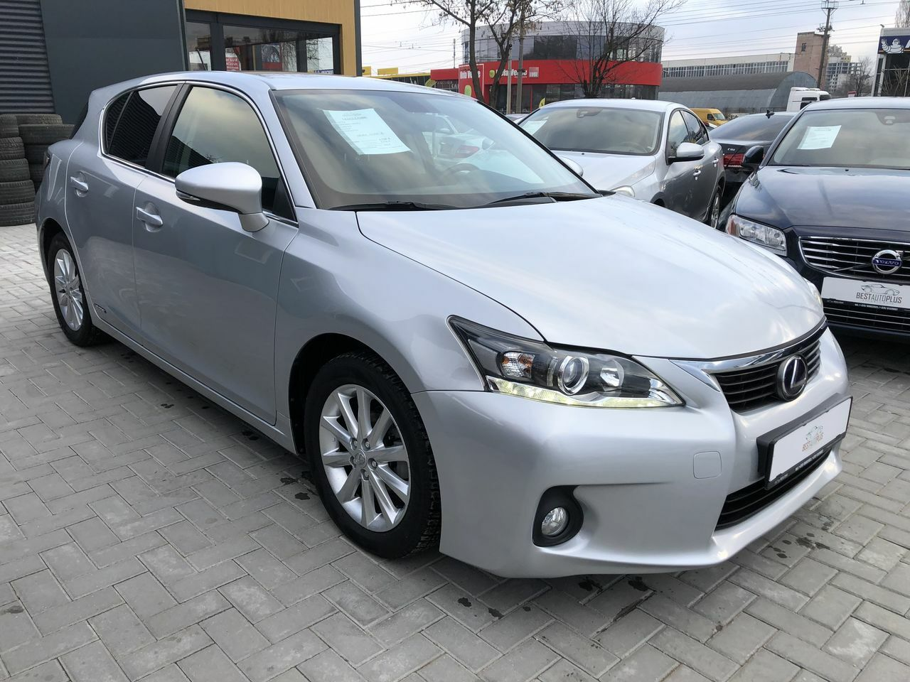 "<span style=""font-weight: bold;"">Lexus ct Series</span>"